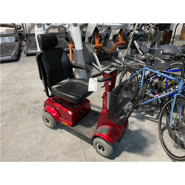 RED FORTRESS 1700 DT 4 WHEELED ELECTRIC MOBILITY SCOOTER WITH CHARGER