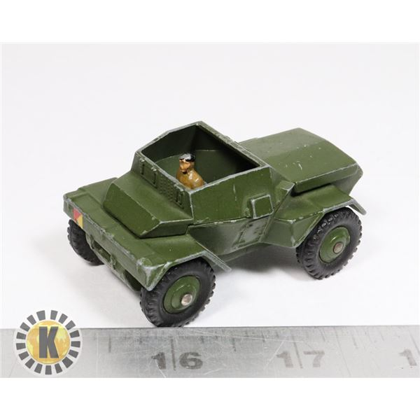 #19 DINKY TOYS #673 SCOUT CAR MILITARY VEHICLE