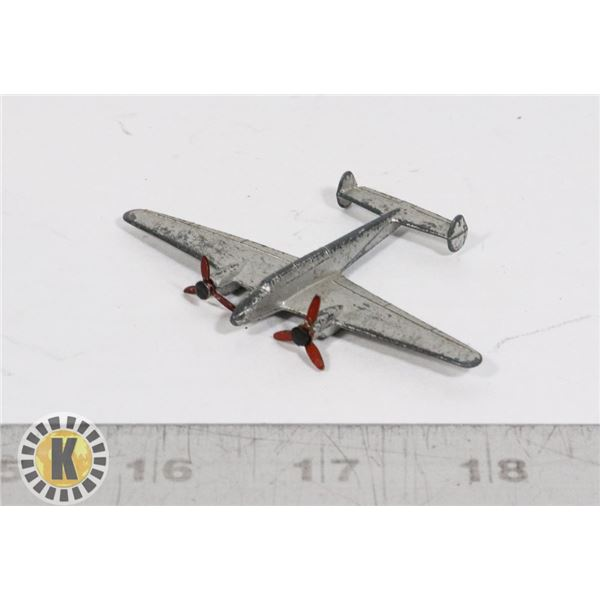 #45  DINKY TOYS #70D TWIN ENGINED FIGHTER