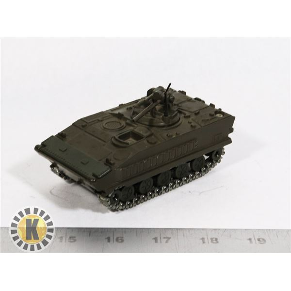 #70  SOLIDO DIECAST #254 AMX 10 P MILITARY VEHICLE
