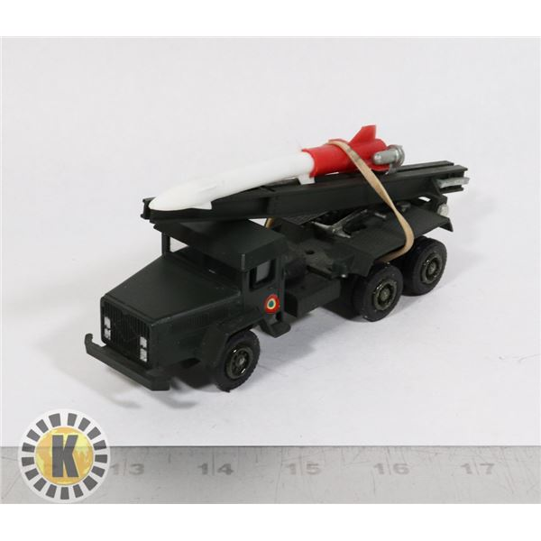 #76  BOXED SOLIDO DIECAST #201 CAMION MILITAIRE