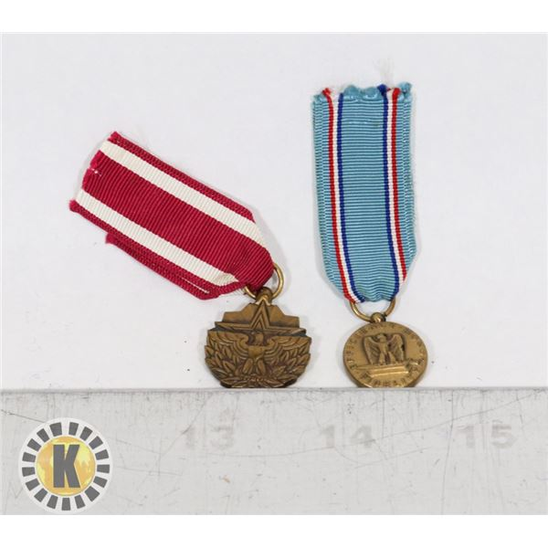 #427 LOT OF TWO MINATURE AMERICAN ARMY MEDALS