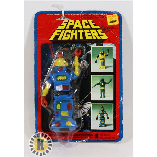 #521 CARDED ROBOT TOY SPACE FIGHTERS HONG KONG