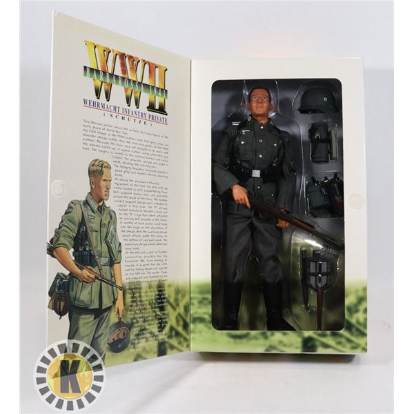#530 LARGE BOXED ACTION FIGURE DRAGON WW2 WEHRMAHT