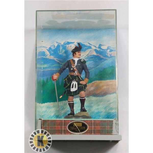#536 VINTAGE SCOTTISH HIGHLANDER FIGURE IN BOX BY
