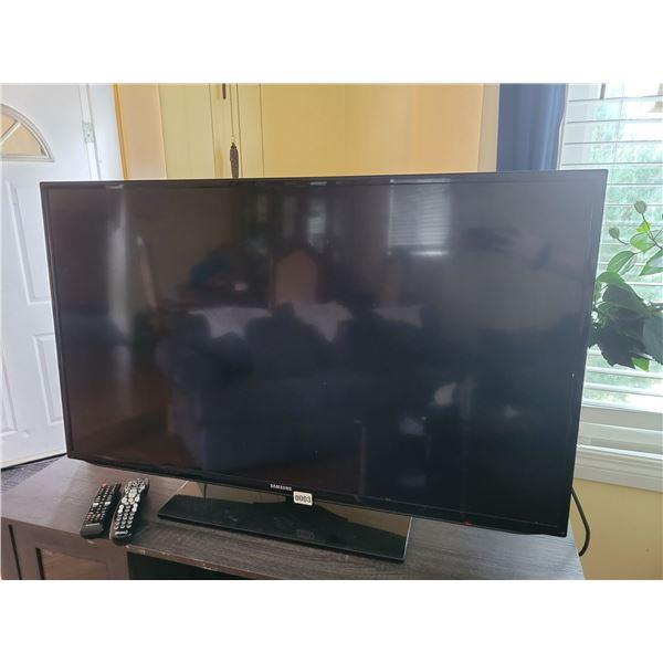 "Samsung TV 47"""