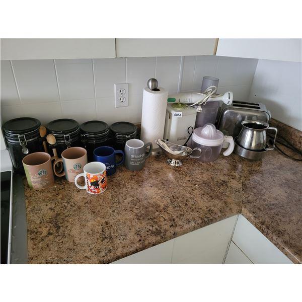 Kitchen Canisters - Mugs - Toaster - Braun Mixer - etc?