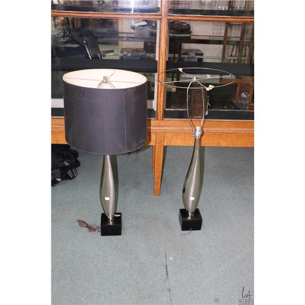 """Pair of mid century chromed metal art table lamps with boxed wooden base, each is 28"""" to top of bulb"""