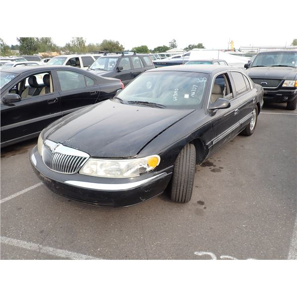 1999 Lincoln Continental