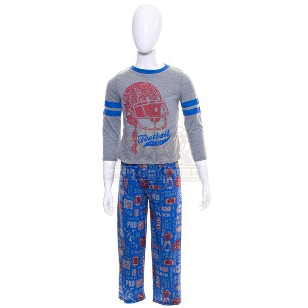5th Wave, The – Sam Sullivan's (Zackary Arthur) Outfit – A862