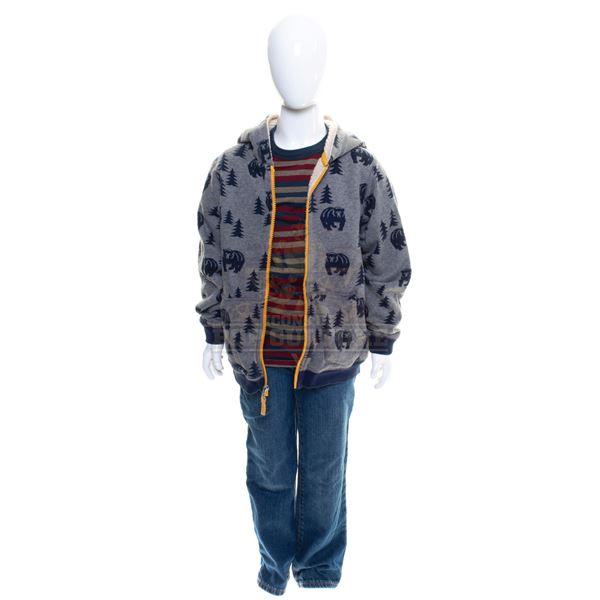 5th Wave, The – Sam Sullivan's (Zackary Arthur) Outfit – A899