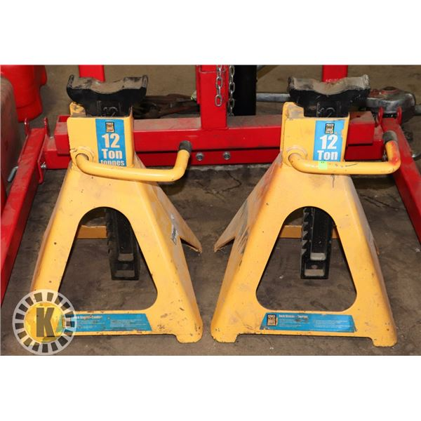 PAIR OF POWER FIST 12 TON JACK STANDS