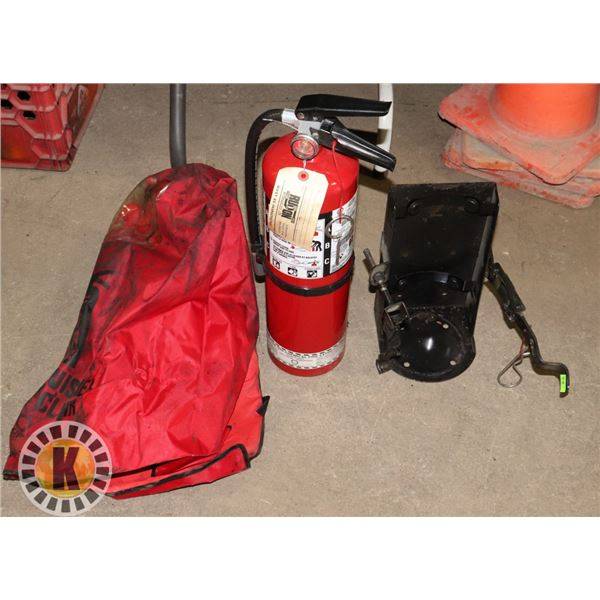 10LB FIRE EXTINGUISHER WITH WALL MOUNT