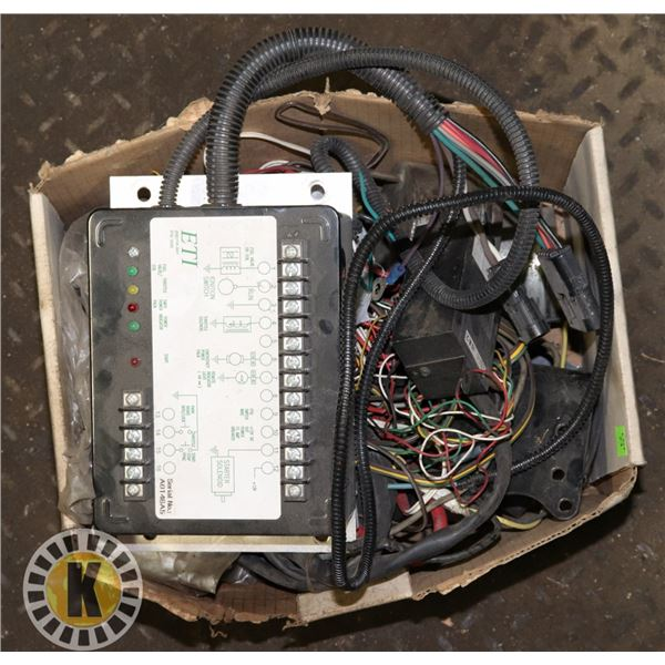 BOX OF MISC ELECTRICAL ACCESSORIES