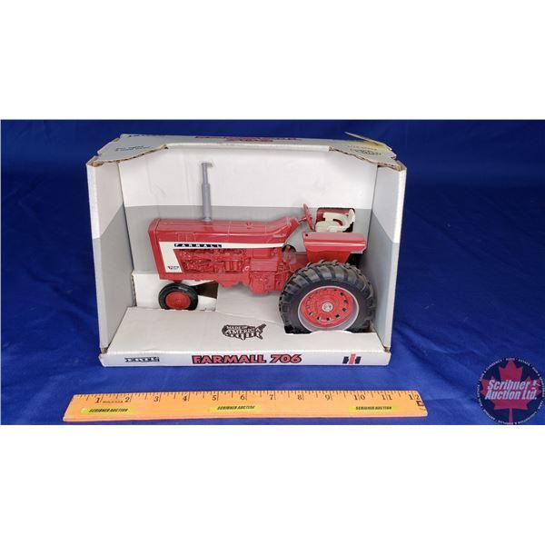 CASE IH Farmall 706 Diesel (Scale: 1/16)