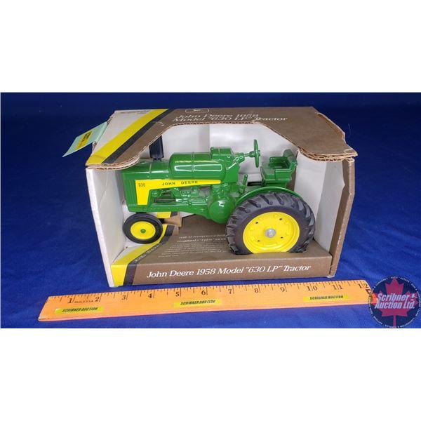 John Deere 630LP Tractor 1958 (Scale: 1/16)