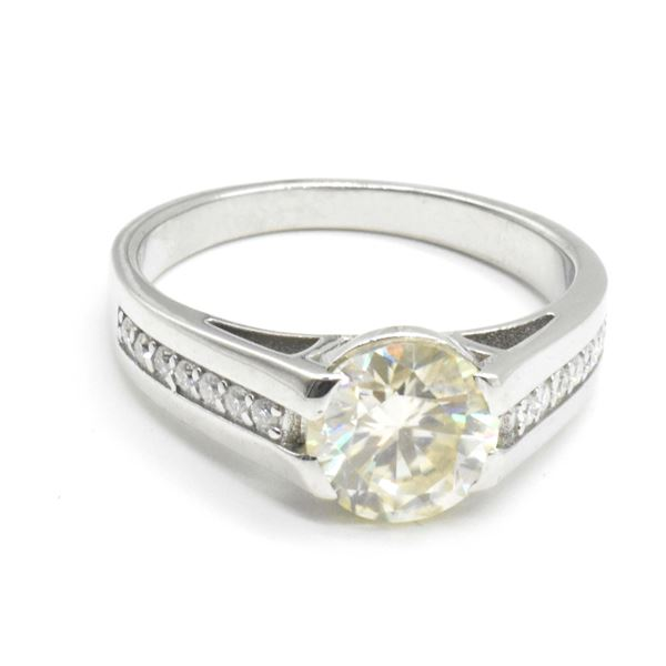 SILVER MOISSANITE (ROUND 8.5 MM)(2.46CT) RING SIZE 10