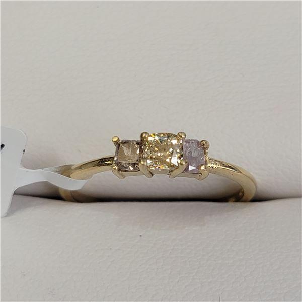 10K DIAMOND(0.6CT) RING