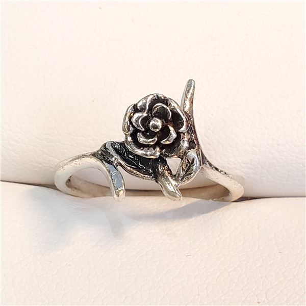 SILVER MARCASITE RING