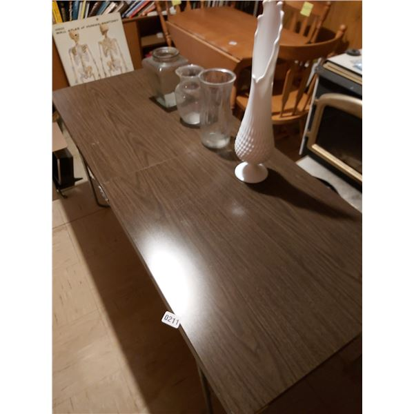 """Metal Folding Table 60""""L x 24""""W & 4 Assorted Vases."""