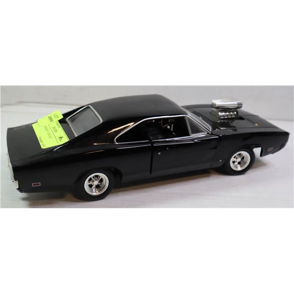 DODGE CHARGER 1:18 SCALE DIECAST