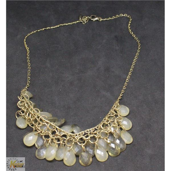 GOLDTONE NECKLACE WITH AUTUMN TONES BEADS