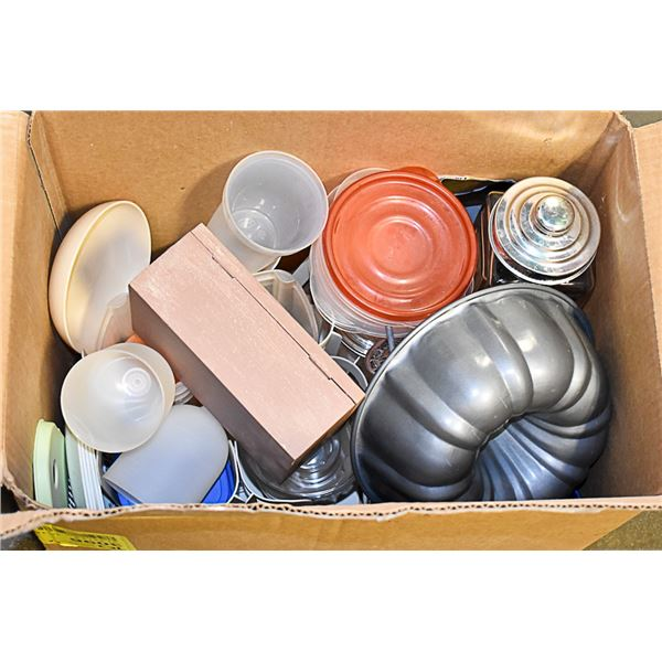 BOX OF TUPPERWARE LIDS AND JARS PLATES COOKWARE