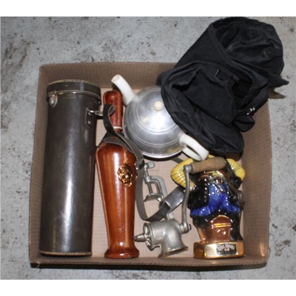 FLAT OF ASSORTED ESTATE ITEMS