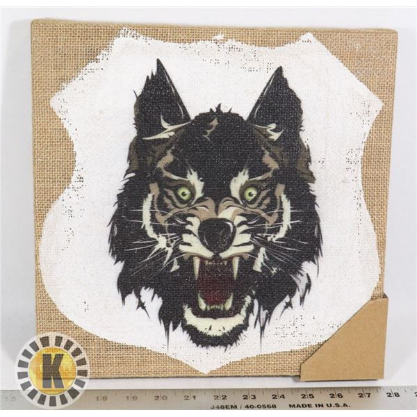 NEW TIMBER WOLF PAINTED BURLAP ART PIECE