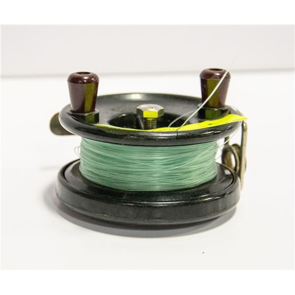 VINTAGE ALPHA FISHING REEL WITH FISHING LINE