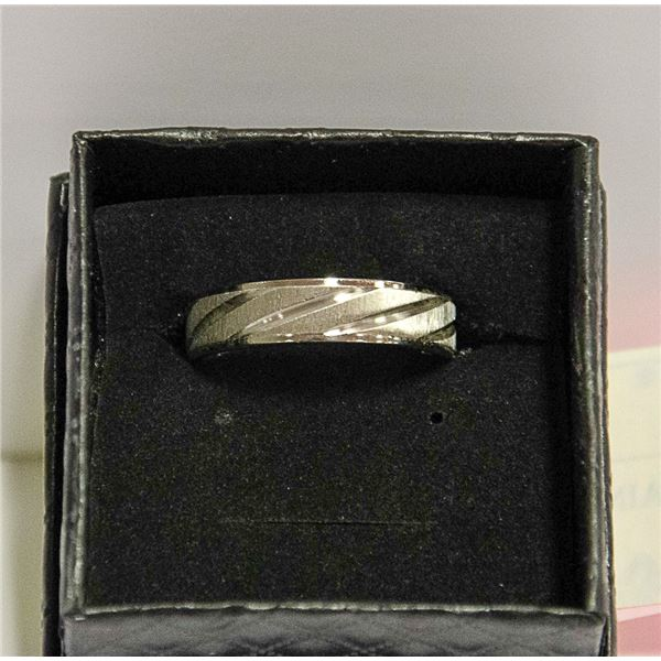 STAINLESS STEEL MENS RING SIZE 11