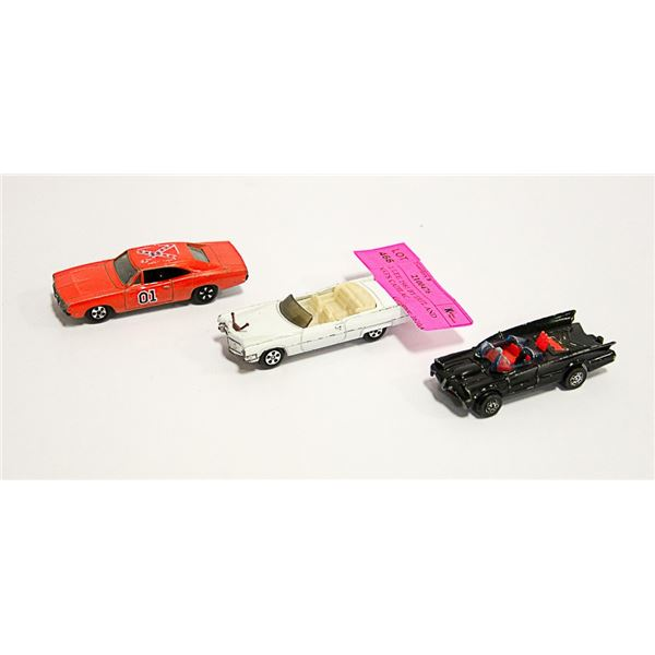 GENERAL LEE 1981 BY ERTL AND BOSS HOGG'S CADILAC