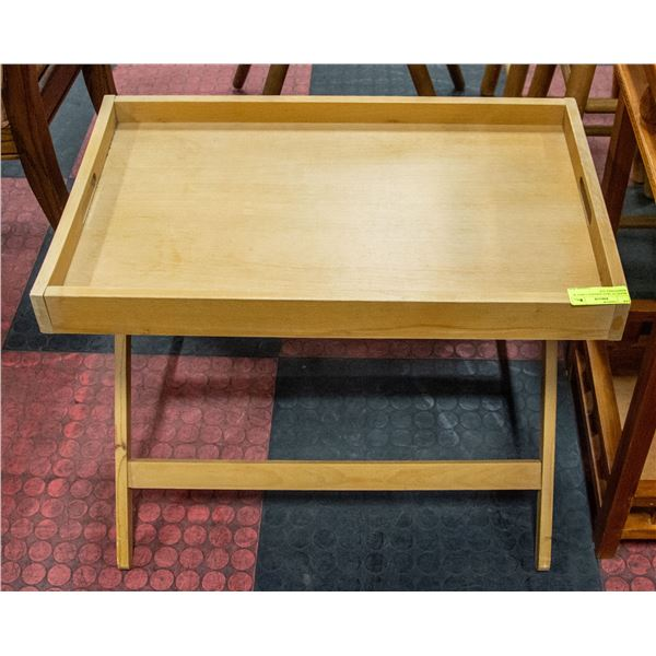 WOOD TV TRAY SERVING TABLE W/ REMOVABLE TOP