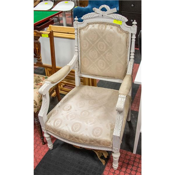 ANTIQUE VICTORIAN CHAIR NEEDS REPAINTING