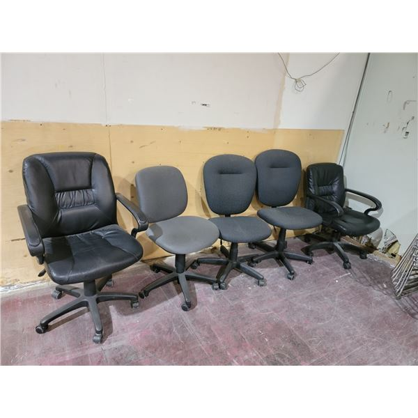 LOT OF 5 ROLLING OFFICE CHAIRS