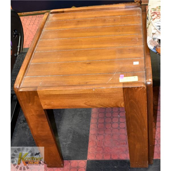 """SOLID WOOD END TABLE 20"""" X 24"""" X 20"""" TALL"""