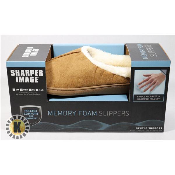 NEW MEMORY FOAM SLIPPERS SIZE MEDIUM