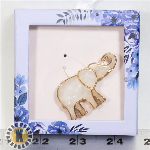 NEW VINTAGE STYLE LUCKY ELEPHANT BROOCH