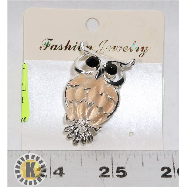 NEW VINTAGE STYLE OWL BROOCH