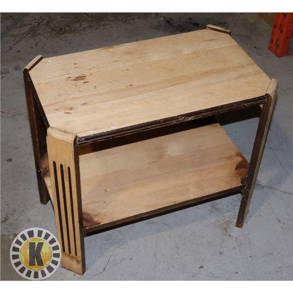 ESTATE WOOD END TABLE