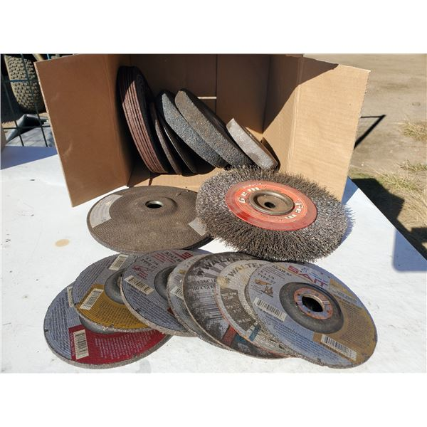 box of assorted cutting wheels, grinding discs, wire wheel