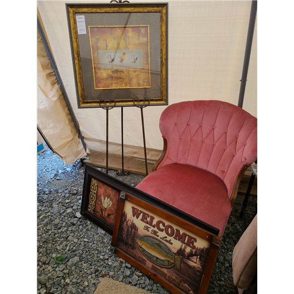 Art Easel, Chair and Pictures Cat A