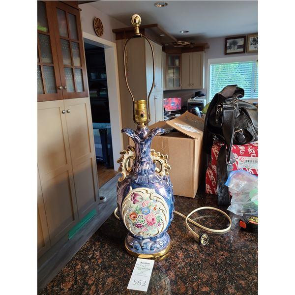 Antique Lamp Cat A