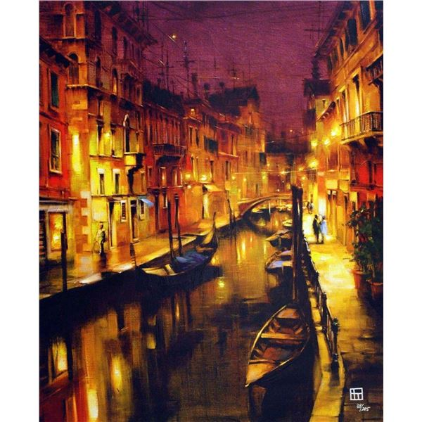 """Vakhtang """"GLOW IN THE NIGHTTIME"""""""