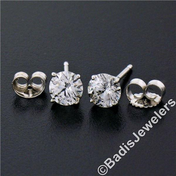 New Classic 14kt White Gold 0.75 ctw Round Brilliant Diamond Stud Earrings