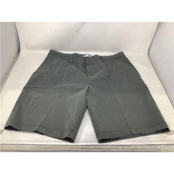 Good Threads Mens Shorts Size 36