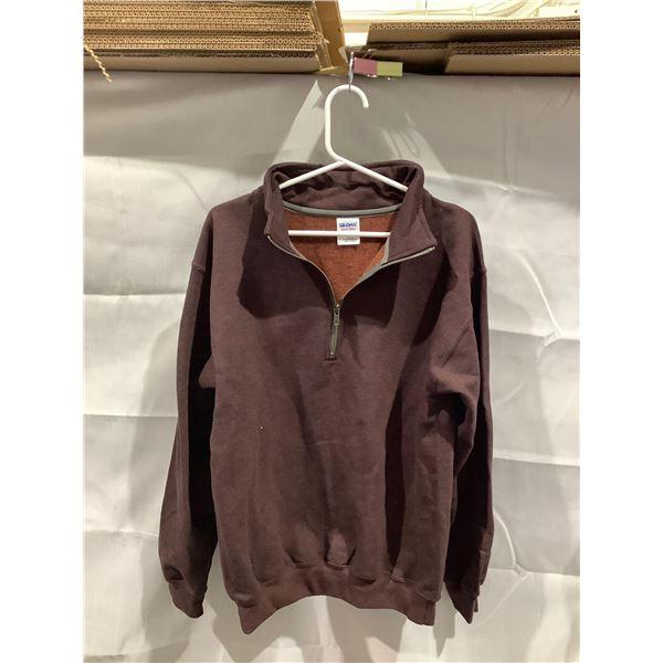 Gildan Heavy Blend collared sweater small