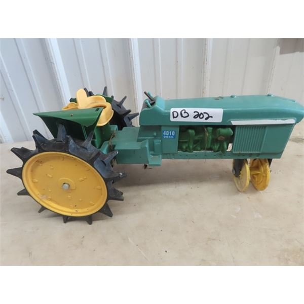 JD 4010 Lawn Sprinkler - Metal & Plastic
