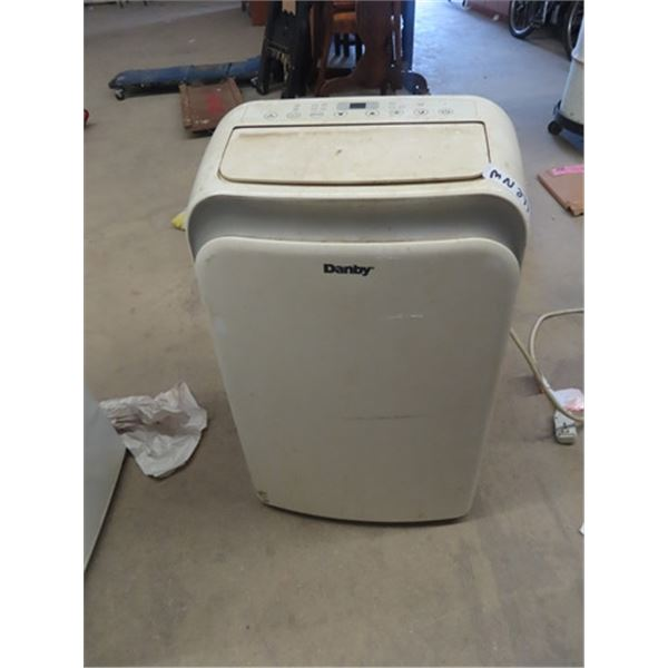 (MN) Danby Interior Air Condtion- Needs Cleaning but works
