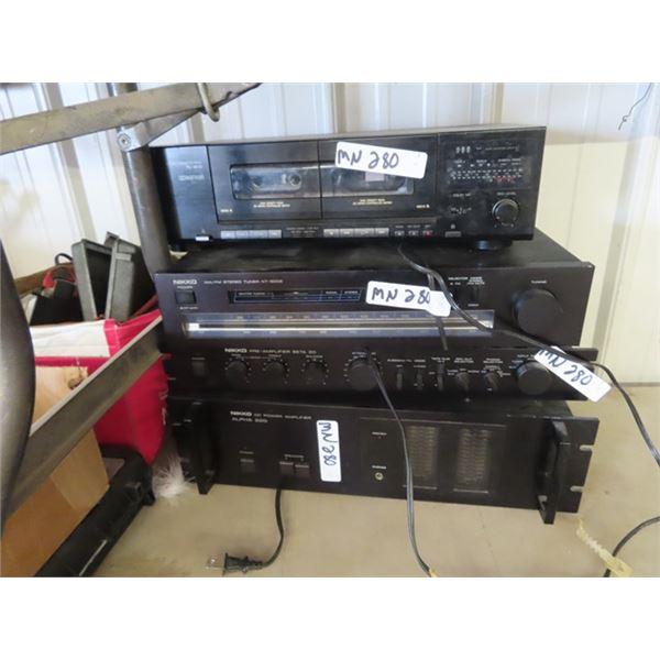 (MN) Stereo Equip - NIKKO Alpha 220 Amplifier NIKKO Per- Amplifier Beta 20, NIKKO AM/FM / NT 500 II,